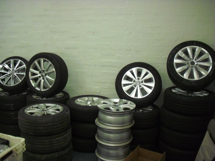 Second hand car tyres